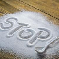 ۱۰ روش کاهش مصرف نمک