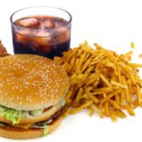 ۶ ماده غذایی که نباید بخورید