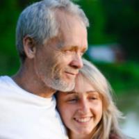 تفاوت سنی در ازدواج (میترا بابک)