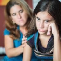 علت زودرنجی در نوجوان
