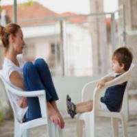 پرورش کودک (2)- تقويت گفتگو با کودکان
