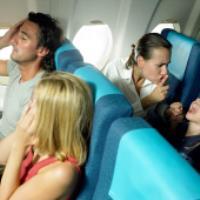 ۱۰ توصیه هنگام پرواز با کودکان