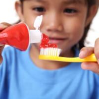 بچه ها از چه سنی باید مسواک بزنند؟