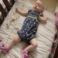 انتخاب تخت مناسب نوزاد