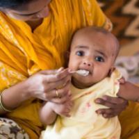 تغذیه تکمیلی شیرخواران (1)