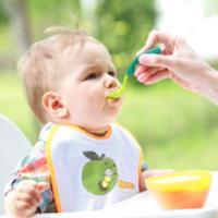 غذاهای کمکی برای کودکان شیرخوار