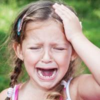 چگونه سردرد میگرنی در کودکان را تشخیص دهیم؟