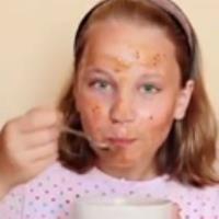 ماسک میوه ای برای کودکان درست کنید