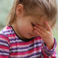 علت سردرد در کودکان و انواع آن