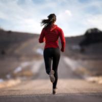 برای سوزاندن کالری چقدر باید دوید؟