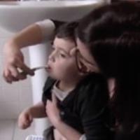 نحوه مسواک زدن برای کودکان