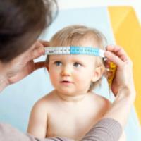 اندازه گیری دورِ سر نوزاد