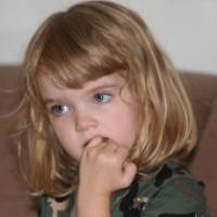 جویدن ناخن در کودکان (دکتر اسلامی)