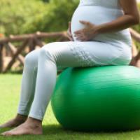 اهمیت تمرین های عضلات کف لگن در دوران بارداری