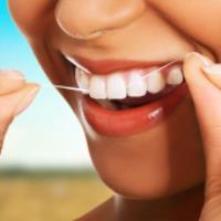 کدام نخ دندان مناسب دندان های شماست؟