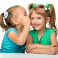 هرمِ گسترشِ ارتباطاتِ کودکان