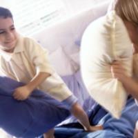 با کودکان بیش فعال و بد غذا چگونه رفتار کنیم؟