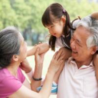 نقش پدربزرگ و مادربزرگ هاي مهربان در نگهداري از کودک