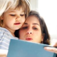 چرا کتاب خواندن برای کودکان مهم است ؟