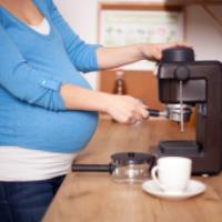 خوردن قهوه و نسکافه برای خانم های باردار مضر است؟