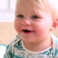دندان در آوردن نوزادان