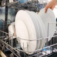 ماشین ظرفشویی یا شستن ظروف با دست؟