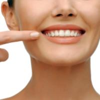 ساده ترین راه برای سفید کردن دندان