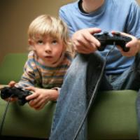 اثرات منفی بازی های رایانه ای بر کودکان